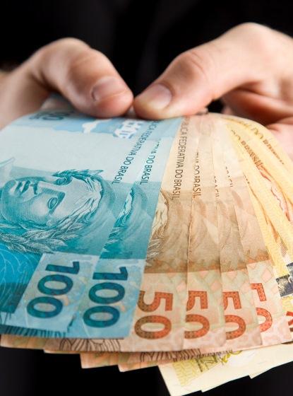 Candidato aprovado dentro do número de vagas que não foi nomeado receberá indenização de R$ 20 mil