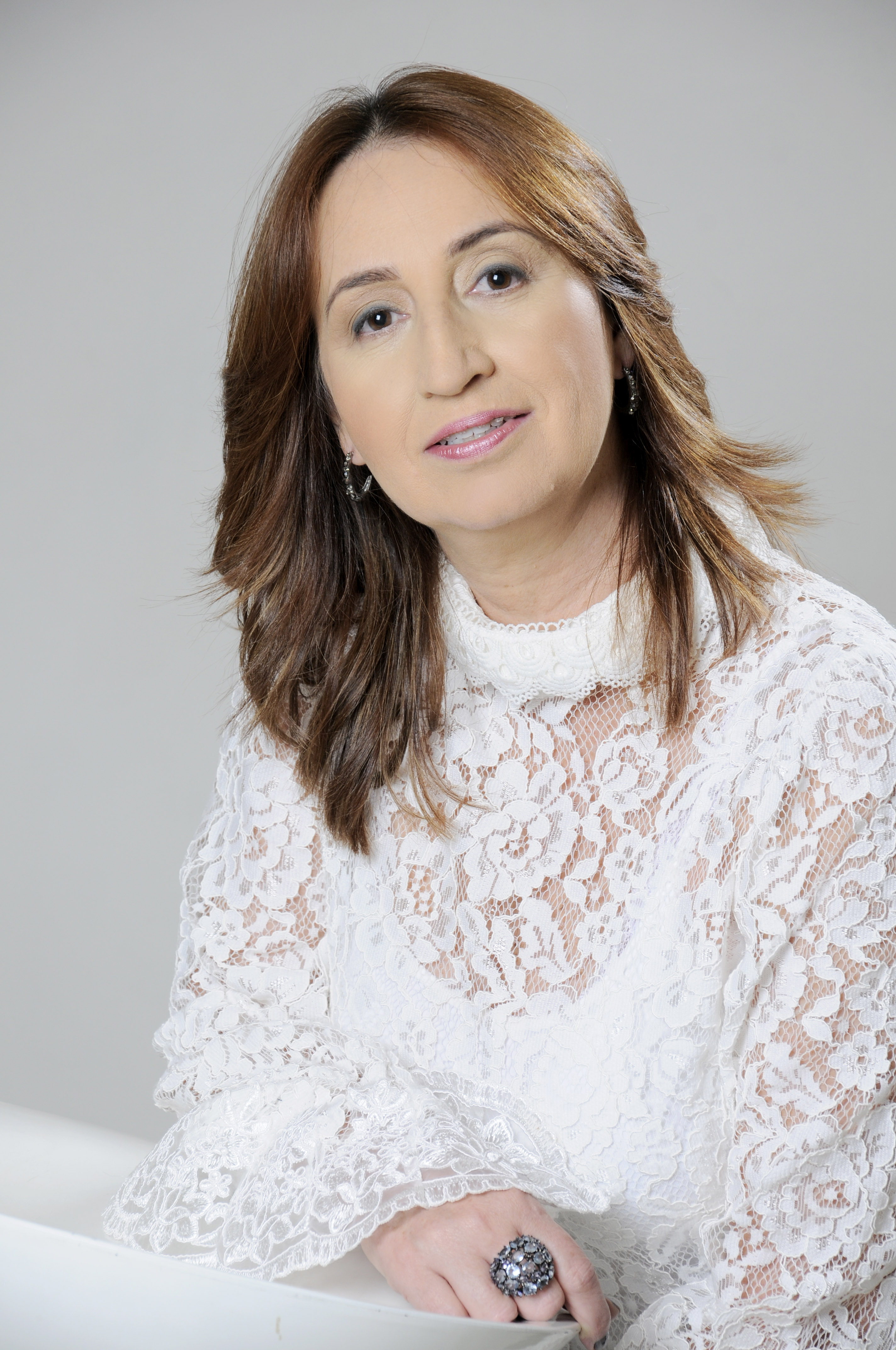 Adriana Menezes